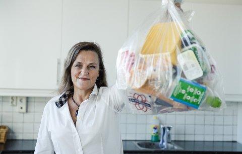 Setter du opp avfallsstasjoner på hytta eller landstedet, blir det lettere å holde det rent og ryddig. Det er rådet fra Jaana Røine i Grønt Punkt Norge.
