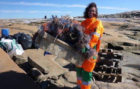 Hvert år settes det nye rekorder i antall frivillige som deltar i strandryddingen. Dette bildet er fra Hvaler i Østfold i 2016.