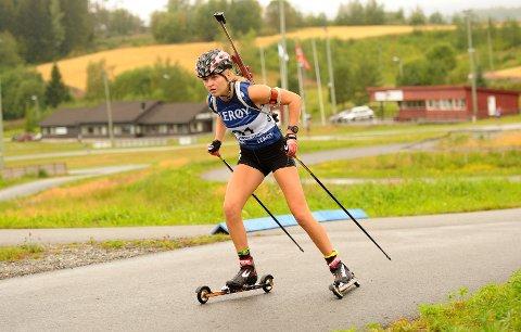 FIN UTVIKLING: Mari Haugenes Elvestad gjør en god treningsjobb og har lyst både på NM-medaljer og junior-VM-deltakelse til vinteren.