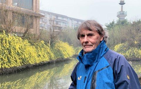 Nils Fredrik Rognskog i Kina ber nordmenn ta det med ro og tenke over hva som virkelig er en trussel mot samfunnet.