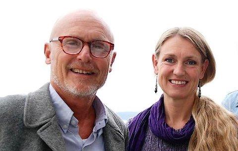 VIKER PLASS: Denne gang bør SV satse på en kvinnelig toppkandidat i Vestfold, mener Lars Egeland, og peker på fylkesleder Grete Wold. Her foran valget i 2017, da Egeland sto på topp og Wold var nummer to på listen.