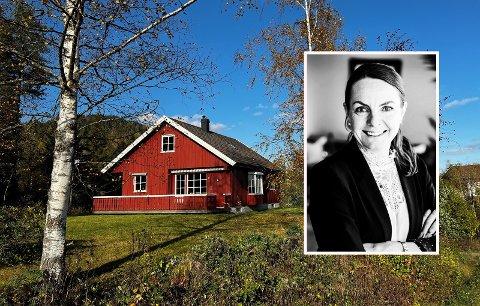 LANDLIG: Dette huset i Vivestad har visning til helgen.