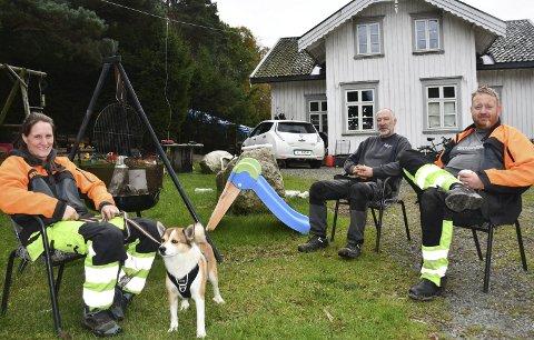 Vennskap og familie på Tunet: Kristina Wittgren Næss med samboeren Fredrik Tjøgersen (til høyre) og deres felles venn Kurt Pramli. Foto: Anne Kristine Dehli