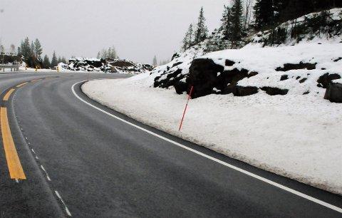 I sving: Krysset ligger litt til venstre på bildet, og er en midlertidig avkjørsel fra fylkesveg 33 over Tonsåsen.