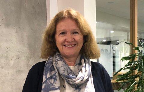 SER IKKE SÅ ILLE UT: Økonomisjef Anita Larsen i Nittedal kommune ser enkelte lovende tegn i nittedalsøkonomien, men spesielt koronasituasjonen gjør framtida usikker.