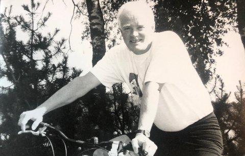 ANNO 1996: Selv om Egil Moe er togentusiast hender det han bruker andre transportmidler.