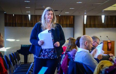 FORESLO NEDLEGGELSE: Hilde Kristin Marås (H) la frem forslaget om å legge ned Kroer skole.