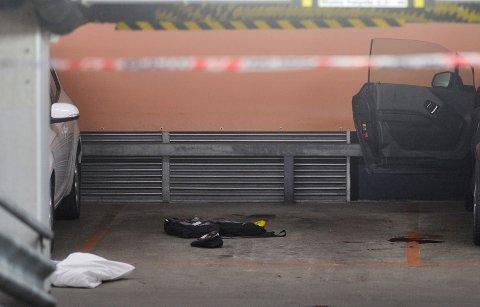 OMKOM: Mannen som ble knivstukket i Kinogarasjen på Bragernes tirsdag kveld døde av skadene.