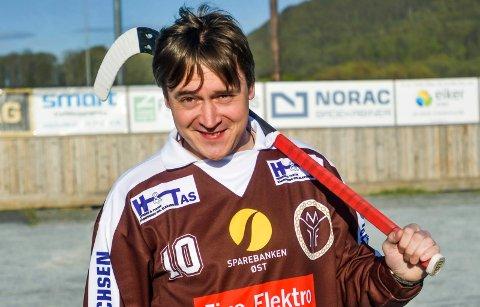 TIL MIF: Russeren Alexander Serov er klar for Mjøndalen Bandy.