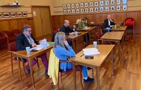 RÅDHUSSALEN: Hovedutvalg tekniske tjenester i Nordkapp kommune.