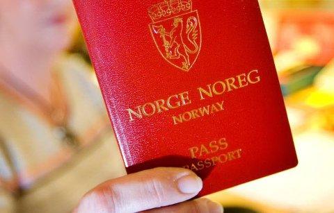 Pass: Har du ikke ordnet pass til sommerferien må du være rask ...