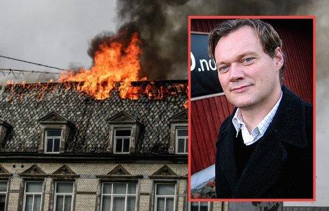 Håkon Tegneby er eier av den brannherjede bygården.