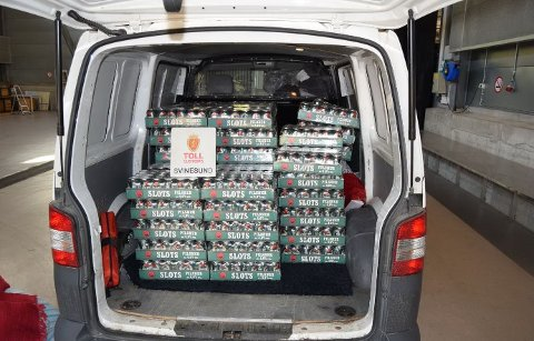 FRA TYSKLAND: Nordmannen hadde over 1.000 liter øl i varebilen, da han ble stoppet av tollerne på Svinesund.
