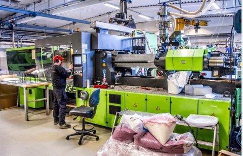 For de ansatte ved Biobe  har det vært en spennende tid. Bedriften produserer i plast og noe i metall.