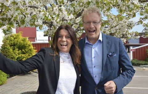 Avtale: Leder i Minimasken, Linda Berglund, er overlykkelig over avtalen som er inngått med Havnevesenet og havnefogd Espen Eliassen. Foto: Trude Brænne Larssen