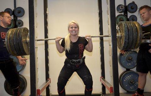 VM FOR HILDE: Den 14. oktober skal Lillehammer-jenta Hilde Mikkelsen Haugen i aksjon i VM. Hilde håper på en topp-ti plassering, noe hun virkelig vil være godt fornøyd med.