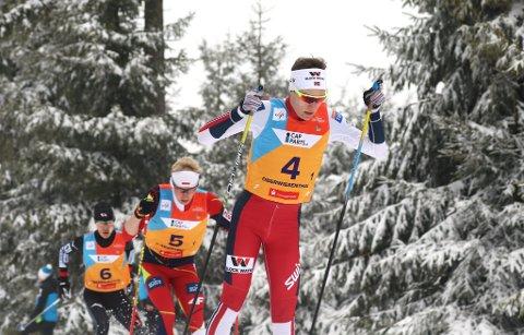 LA GRUNNLAGET: Emil Ottesen gikk den første av de fire etappene for Norge på lagkonkurransen da det ble bronse.