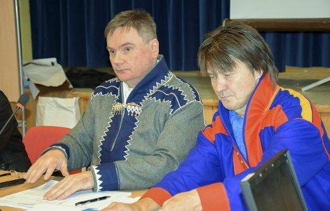 DUO I LEDELSEN: Ordfører Svein Atle Somby (til venstre) og vararodfører John Nystad i Karasjok kommune. Foto: Anne Rasmus, Avvir