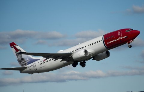 Luftfartsbransjen er en av dem som er hardest rammet av koronakrisen. Derfor ville bergenseren Geir Sætre være med på å spre litt positivitet.