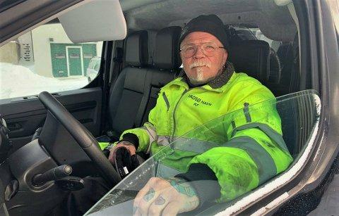 OPPFORDRER TIL Å SJEKKE FORTØYNINGENE: Stian Eliassen, havneinspektør i Vadsø Havn Kf.