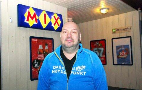 DRIVER: Eier og driver av Johannes Nilsen Handleri AS, Marius Nilsen.