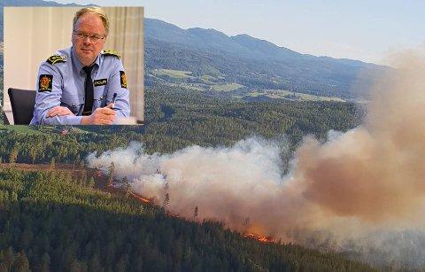 Skogbrannfaren svært stor nå i disse dager. Per Morten Sending sier politiet er lei av at noen ikke ser ut til å ha forsått det totale grillforbudet, og vil skru opp bøtene.