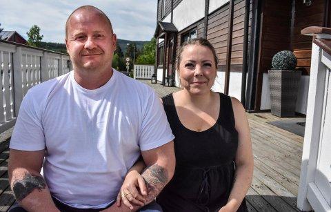 Erik og Marianne Frydenhaug driver Evangeliesenteret i Svene. Neste helg arrangerer de et stort stevne på Solvoll.