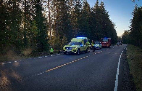 ULYKKE: Både politi, brannvesen og ambulanse rykket ut til ulykken.