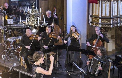 ORKESTER: Lokale musikere og deler av MIN-ensemblet bidro med kvalifisert spill.Alle foto Inga Helene Juul