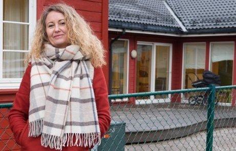 FLERTALL: Unni Nilsen Husøy (Frp) forteller at hun hadde fått signaler om at det vill bli flertall for å søke prøveordningen med statlig finansiering av omsorg.
