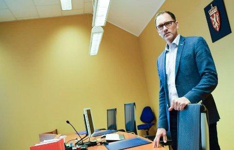NY SORENSKRIVER: Robert Versland har arbeidet som sorenskriver i Lister tingrett i flere år. Nå får han «ny» jobb som sorenskriver i nye Agder tingrett