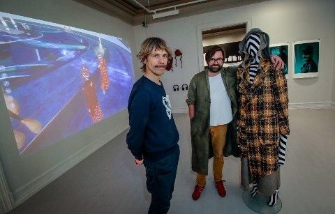 GRÜNDERE: Klesdesignerne Jimmy Herdberg (til venstre) og Rickard Lindqvist lager klær både til den virtuelle verden og den fysiske virkeligheten. (SVEIP til siden for å se flere bilder)