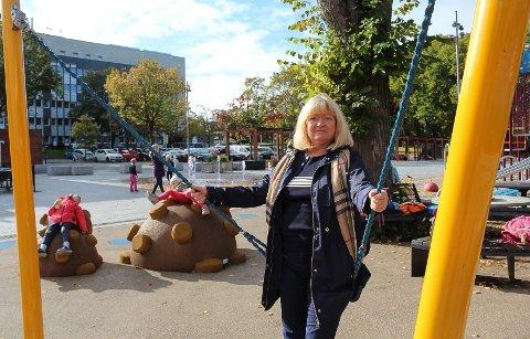 Har nok plasser: Det er nok steder i  Moss sentrum, hvor man kan sette fra seg bilene, sier Sissel Rundblad (H).