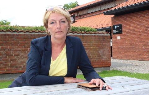 FØLGER OPP: Unn Elisabeth West, kommunalsjef oppvekst og kultur, sier at Våler kommune tar konklusjonen til fylkesmannen om lovbrudd i barnevernet til etterretning.