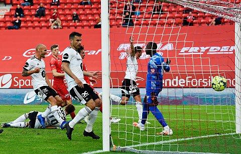 Bergen 20200628.  1-1 ved Even Hovland i  eliteseriekampen i fotball mellom Brann og Rosenborg på Brann Stadion. Foto: Marit Hommedal / NTB scanpix