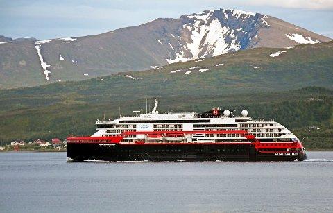 UTBRUDD: Fredag ettermiddag ble det kjent at et koronautbrudd har rammet Hurtigruten.