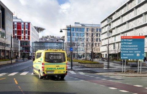 Ikke siden januar har man sett flere koronainnleggelser på St. Olavs hospital enn fra mai og utover.