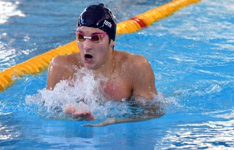 NORGESMESTER: Patrick Toth svømte inn til gull på 400 meter medley på tiden 4.17,85.