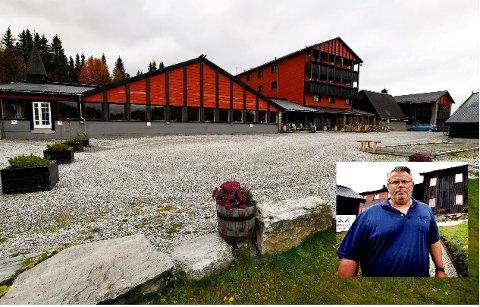 Rondane Høyfjellshotell holder stengt fram til påske. Pål Berthling- Hansen, styreleder i Rondane Høyfjellshotell As, har ikke tro på sesongen før sommeren.