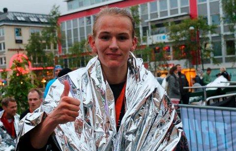 SØLVGUTT: Stian Dahl Sommerseth ikledd sølv ved en tidligere anledning. Lørdag fosset han inn til NM-sølv på halvmaraton i Stavanger. Det skjedde bare to år etter at han droppet fotballen og bestemte seg for å satse på løping.