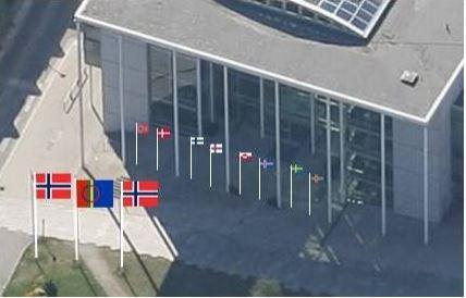 HEISER FLAGGENE: Slik skal det se ut når Tromsø kommune markerer Nordens dag. Men det vil vær og vind avgjøre.