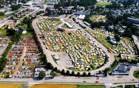 HOVLANDBANEN har to ganger vært arrangementssted for Norges Bygdeungdomslags landsstevne - i 1989, da dette bildet ble tatt, og i juli 1999.