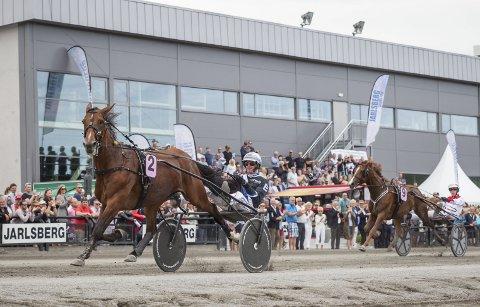 ENKELT: Det ble en enkel seier for Twister Bi og Christoffer Eriksson i Ulf Thoresen Grand International søndag. Norske Lionel (9) og Gøran Antonsen fulgte på andreplass, men på behørig avstand.