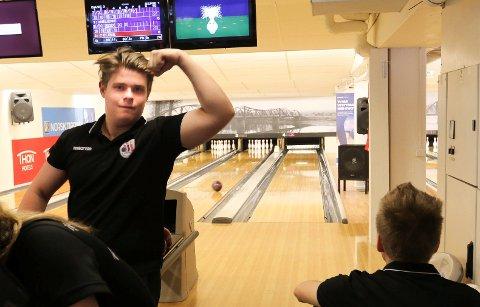STERKT:  Jonas Dammen fra Solør BK storspiller i øyeblikket i World Cup i bowling i Las Vegas.