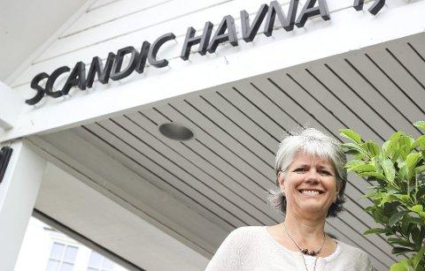 Det er ikke enkelt å manøvrere næringen under koronapandemien for hotelldirektør Ingrid Stokka Sagen, som nå opplever Færders toalettforbud som problematisk etter at båthavner og campingplasser fikk helgeåpent.