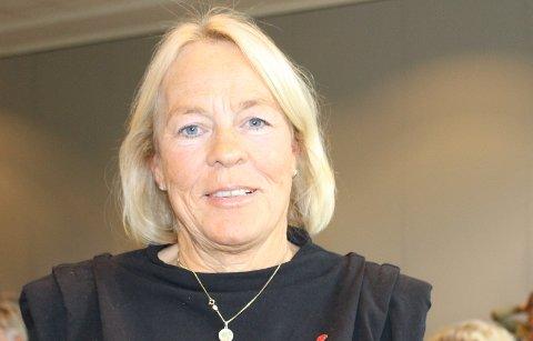 Tone Lyngmo syns det er leit at gjenbruksbutikken Secundus skal nedlegges. Hun ble beroliget av ordføreren som sier at det jobbes med å lage en ny gjenbruksløsning med mottak og salg i en plasthall på Eik.