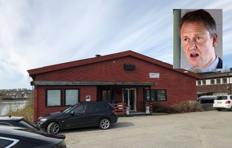 Robert Pettersen (innfelt) holdt en orientering i kommunestyret onsdag om den omdiskuterte saken at PPT skal flytte fra innleide lokaler på Selfors til Rana ungdomsskole.