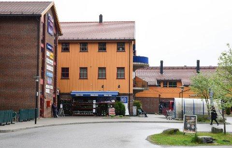BILLØP: Både start og målgang i Stifinner'n Challenge er på Vik torg ved Cafe Madeleine.