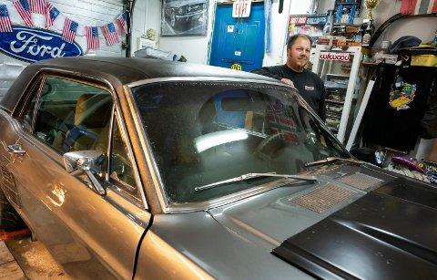 Mustang: Rune Storteig og hans 1967 Ford Mustang HT DeLuxe.