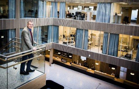 ÅRETS BYGG: Generalsekretær i LHL Frode Jahren avbildet inne i det nye sykehuset tidligere i år.